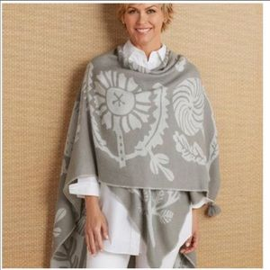 Soft Surroundings Frosted Floral Poncho Wrap Gray